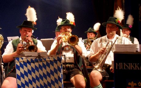 oktoberfest-songs-band